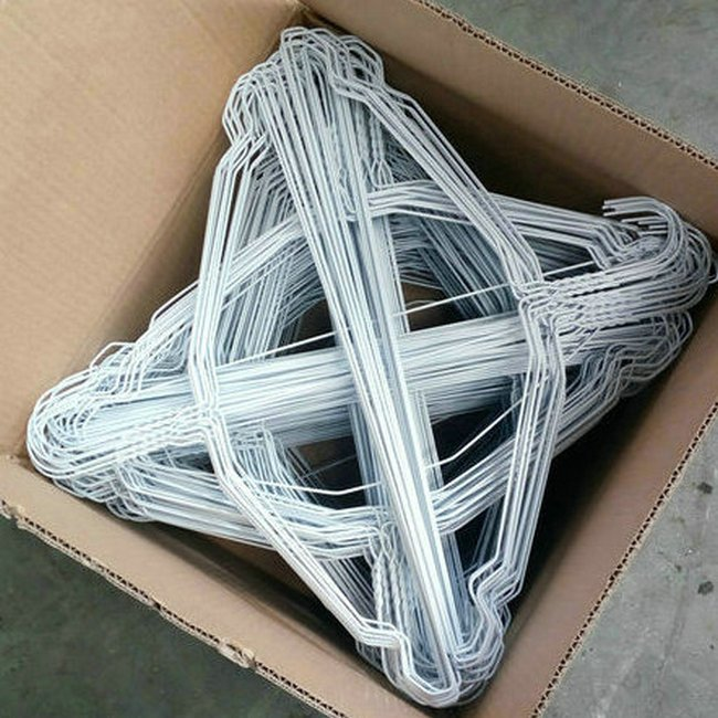 power coated wire hanger (2).jpg